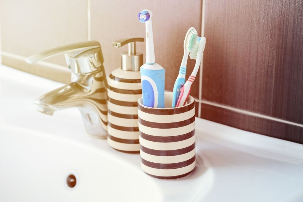 Best Electric Toothbrushes Under 50 Buyer Guide